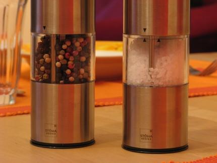 Foto der zwei Salz-/Pfeffermühlen