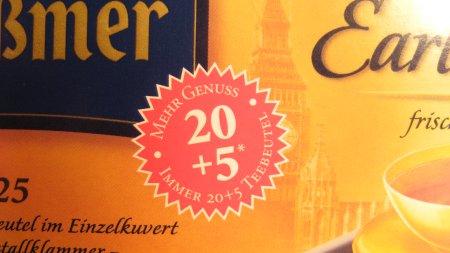 Foto einer Teepackung mit dem extra Hinweis Badge, dass 20+5 Teebeutel enthalten sein'